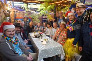 イギリスのメンバーと飲み会をした時の写真です
