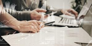 業務課題を発見するデータ探索ツール「QlikView」
