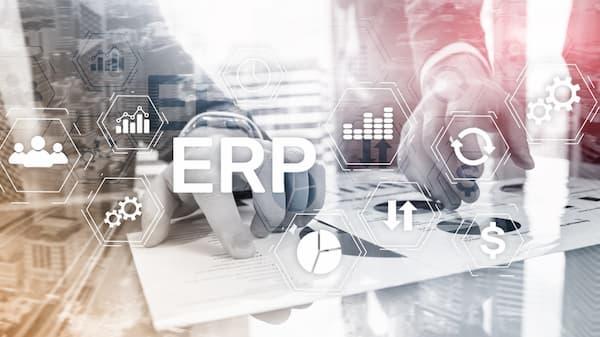 ERP・会計システムとつながる
